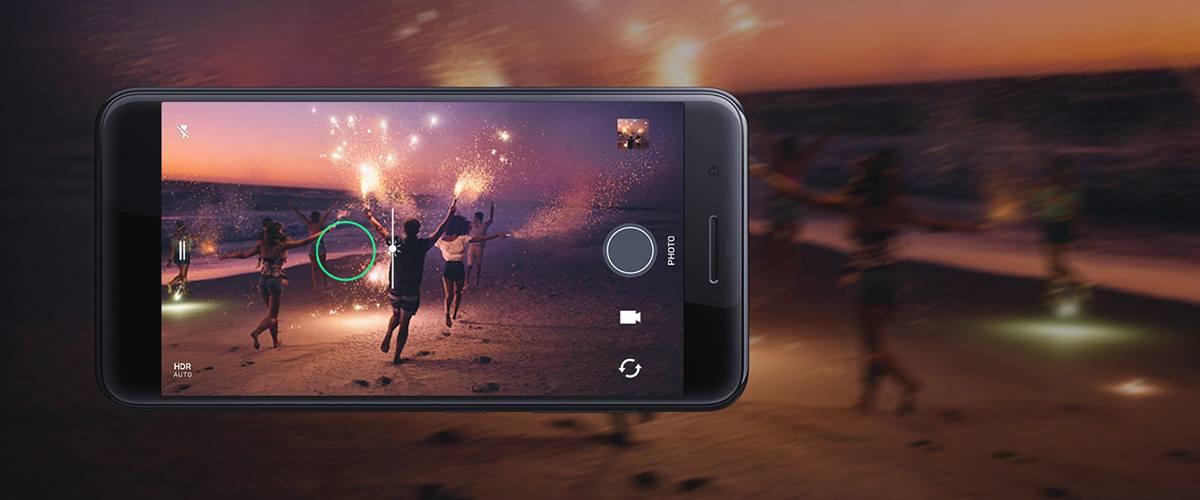 HTC One X10 (1)