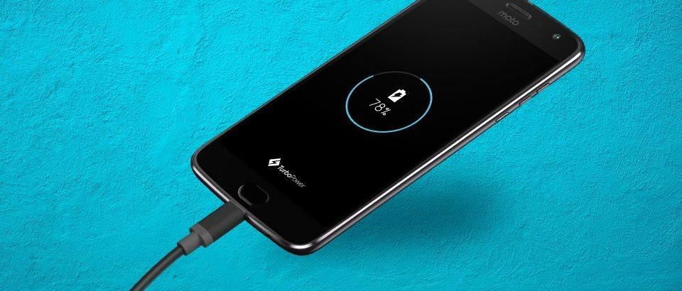 Motorola Moto Z2 Play (1)