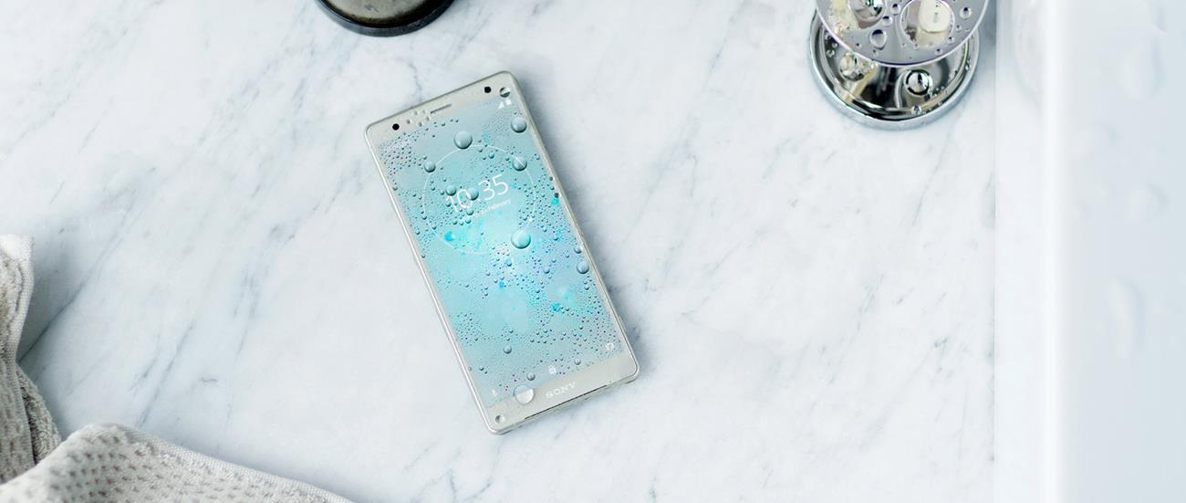 Sony Xperia XZ2 (4)