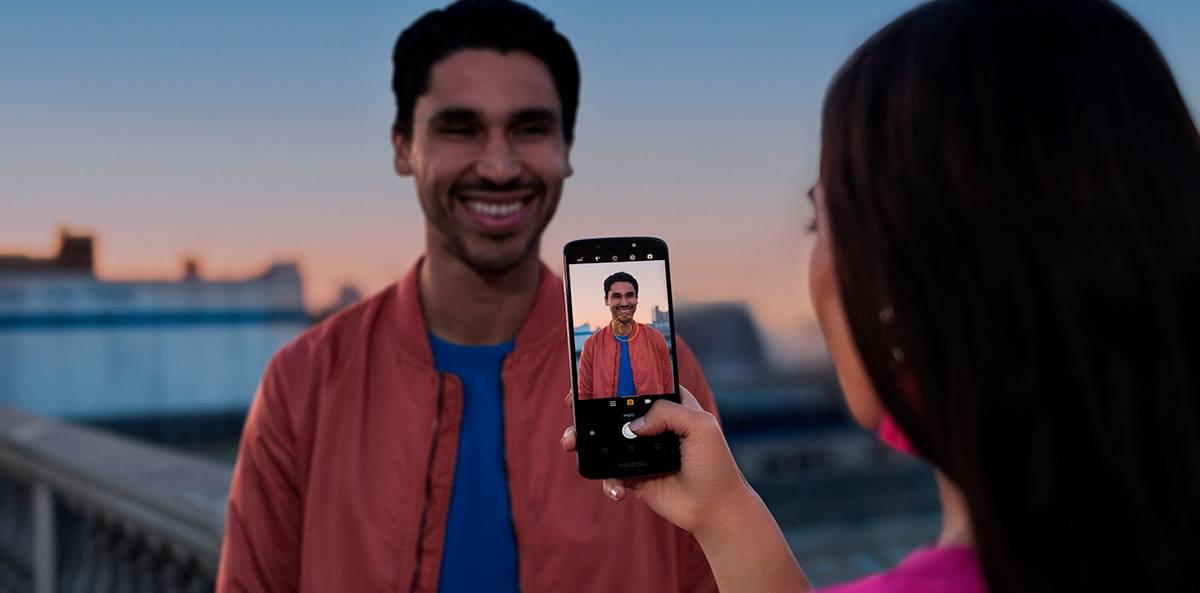 Motorola Moto E5 (1)